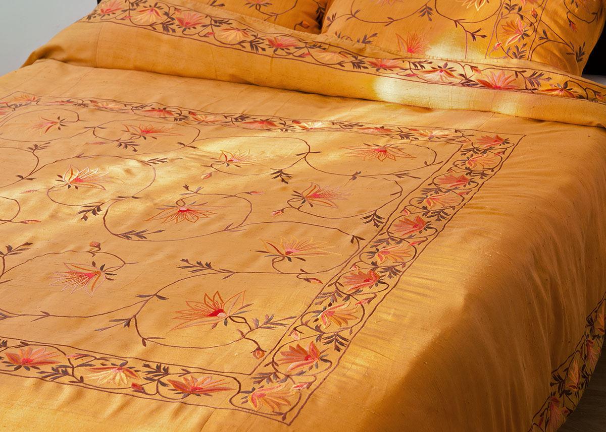 Kashmir Silk Duvet Cover Gold