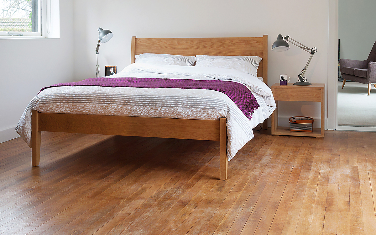 zanskar modern bed in oak