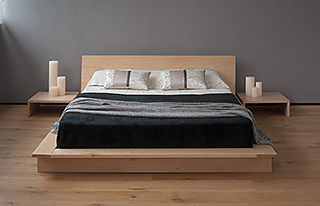 Oregon platform bed