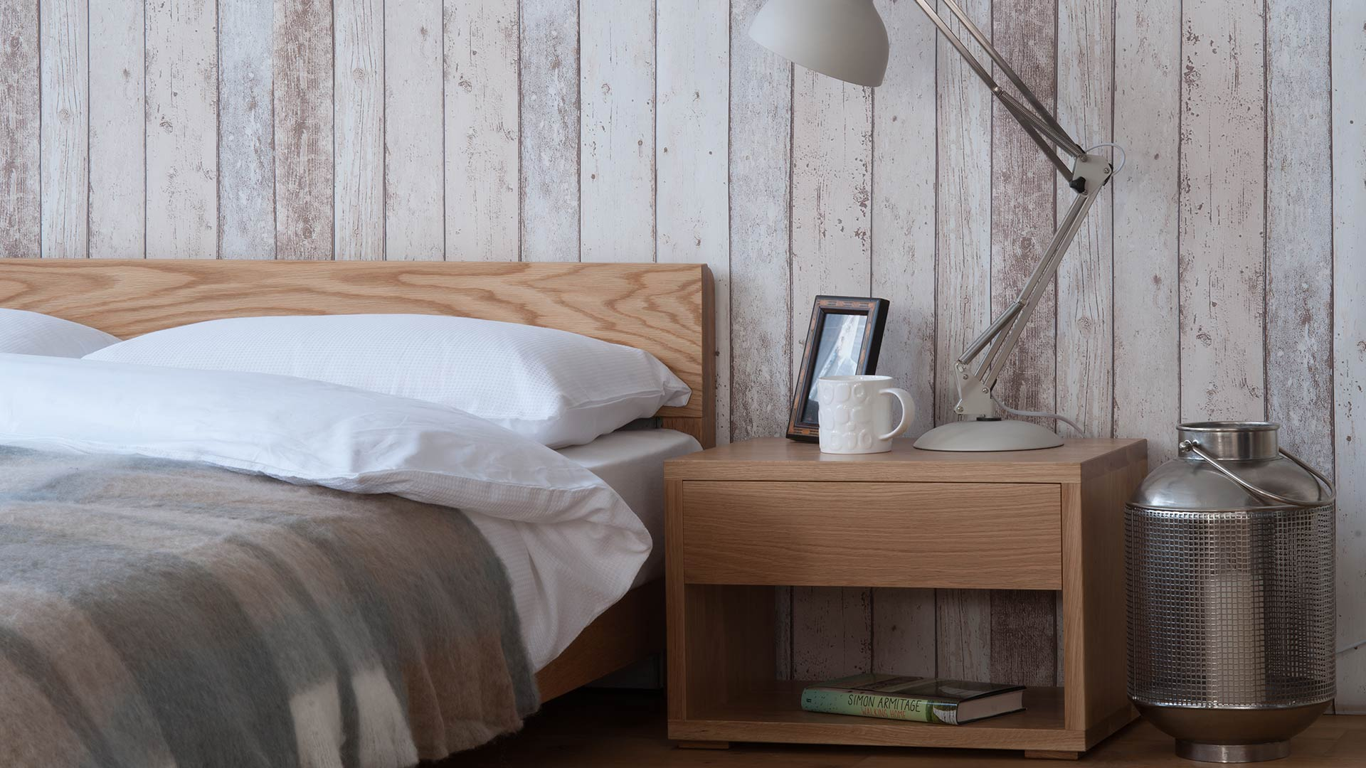 Scandinavian style bedrooms inspiration natural bed for Nordic furniture style