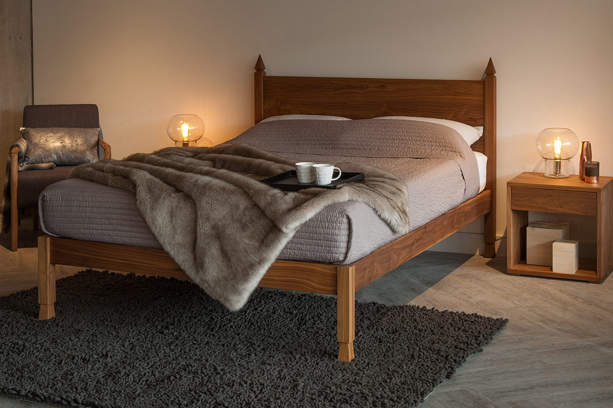 samarkand walnut bed