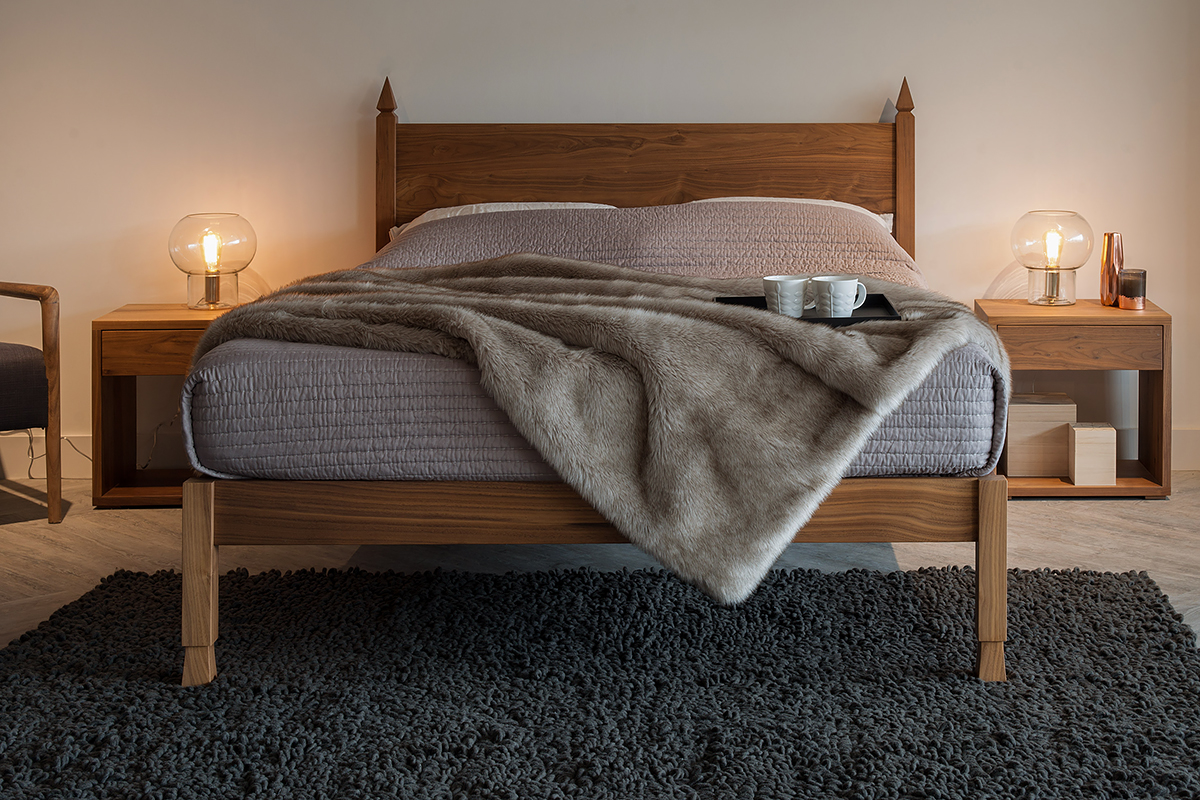 samarkand walnut bed
