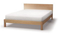 Sahara bed in maple