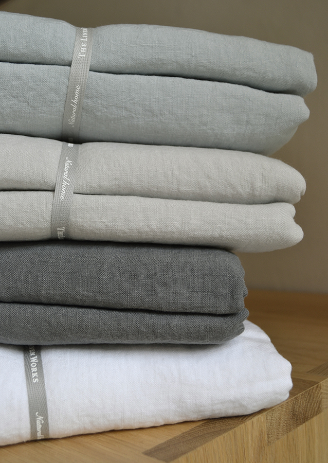 linen bedding stack