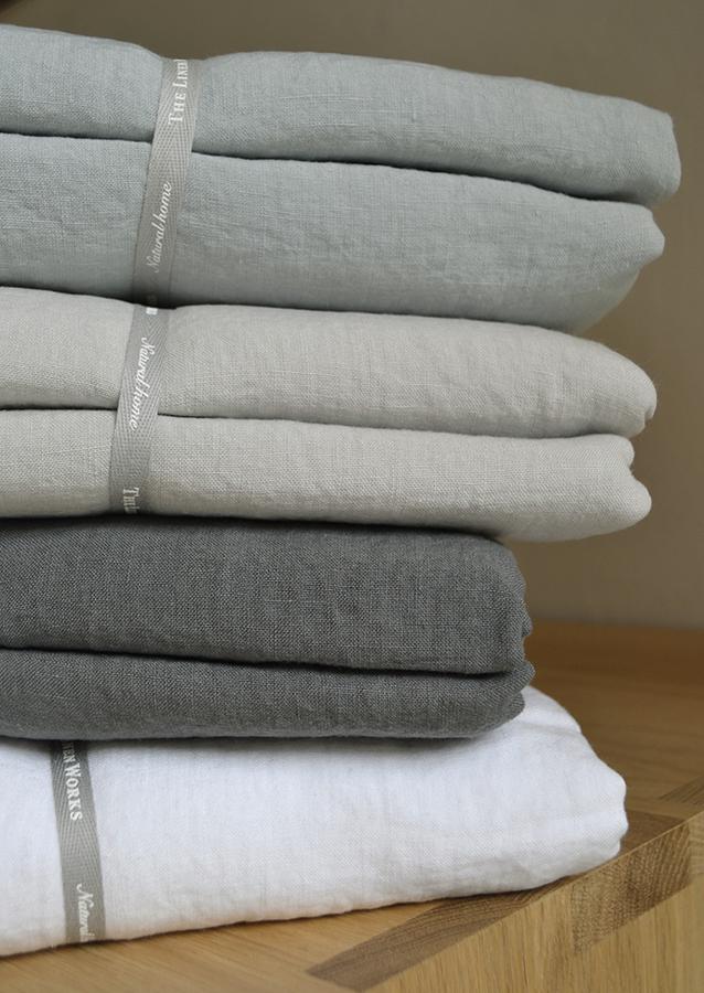 linen bedding stack