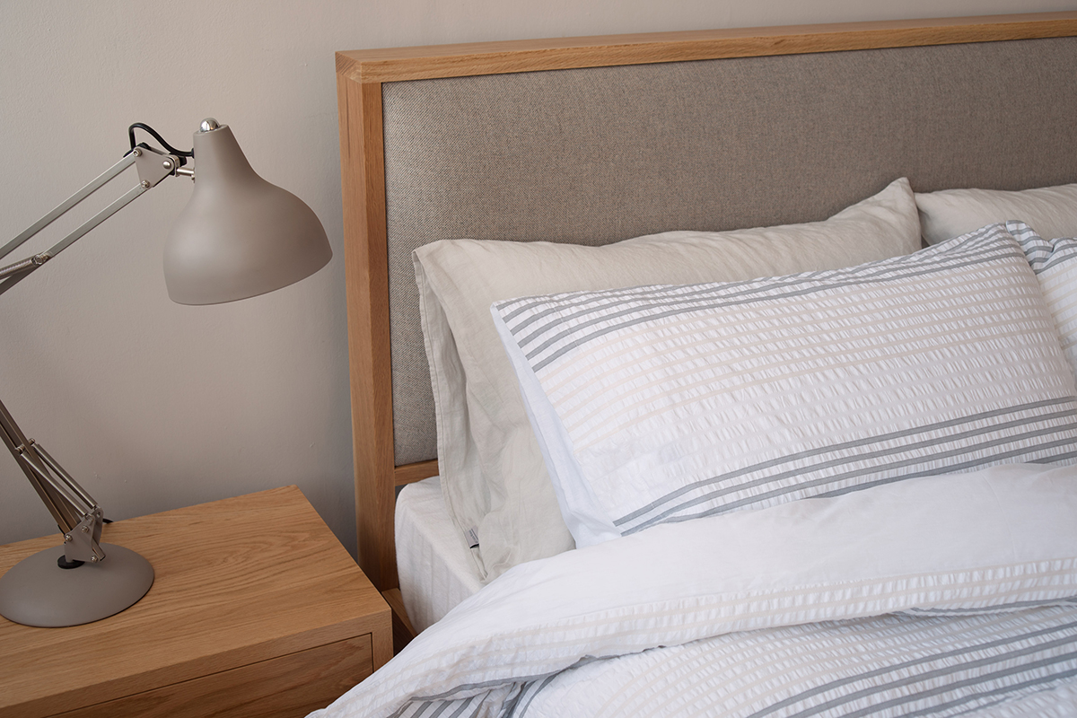 Shetland wooden bed with padded headboard