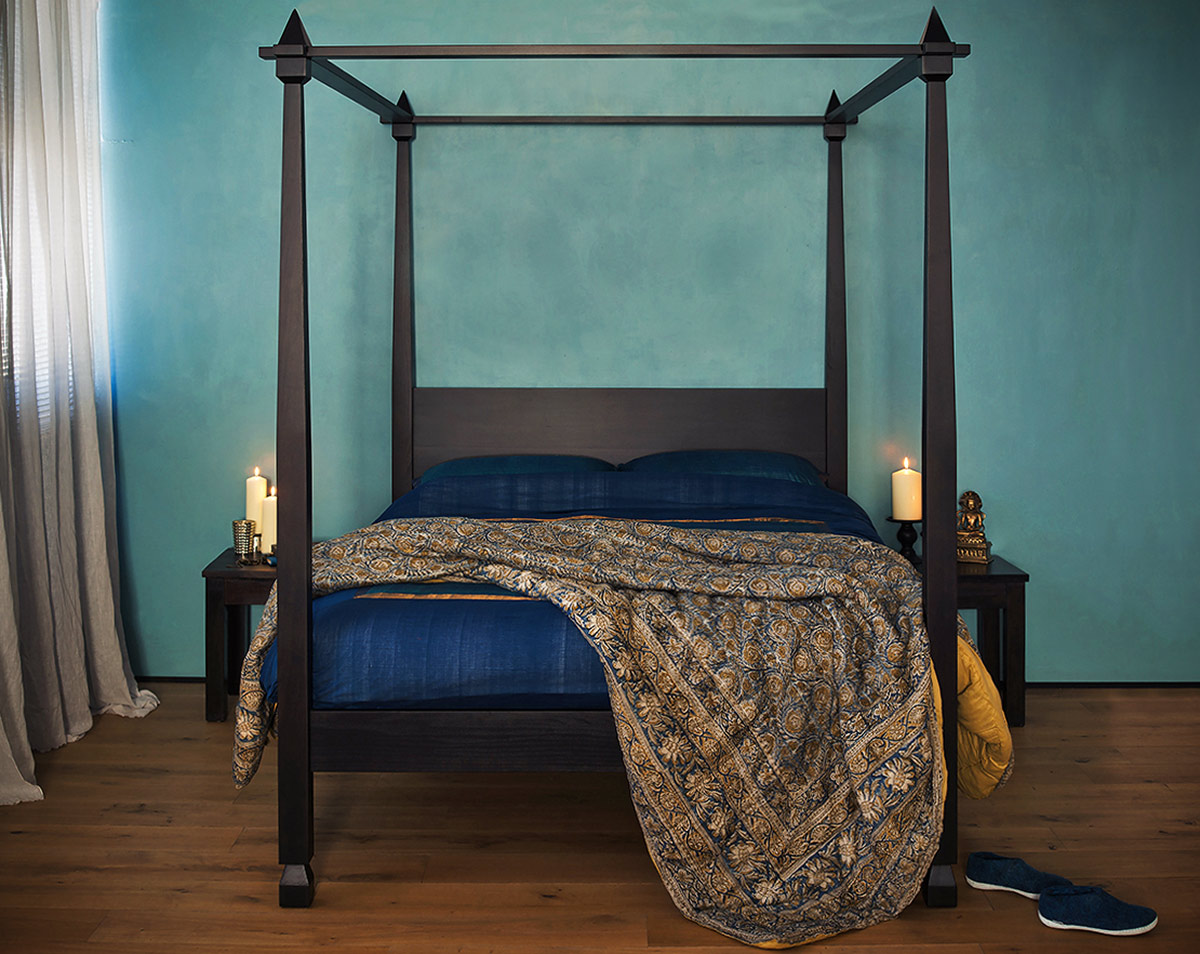 Raj four poster bed in dark wedge stained wood