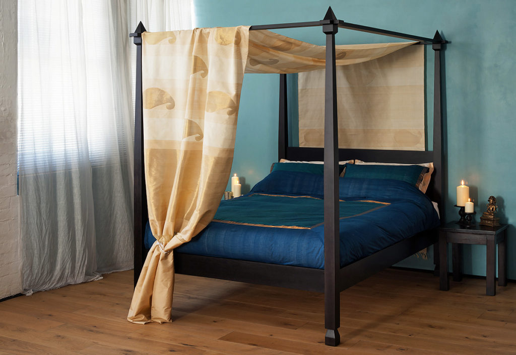 colonial style wooden four poster bed the Raj, made by natural bed company