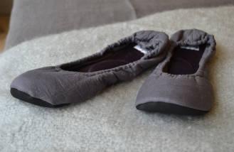 linen slippers - lavender