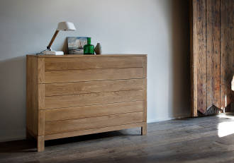 Ethnicraft Oak Azur chest of 3 drawers