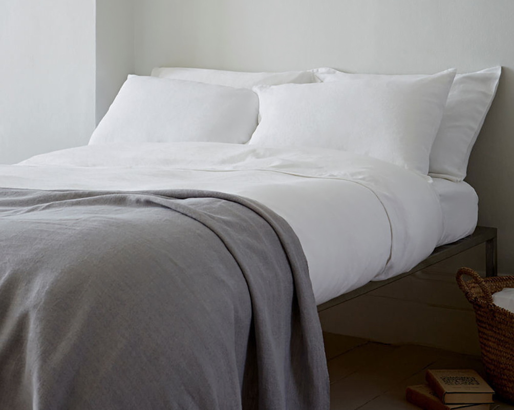 linen bedding white and charcoal