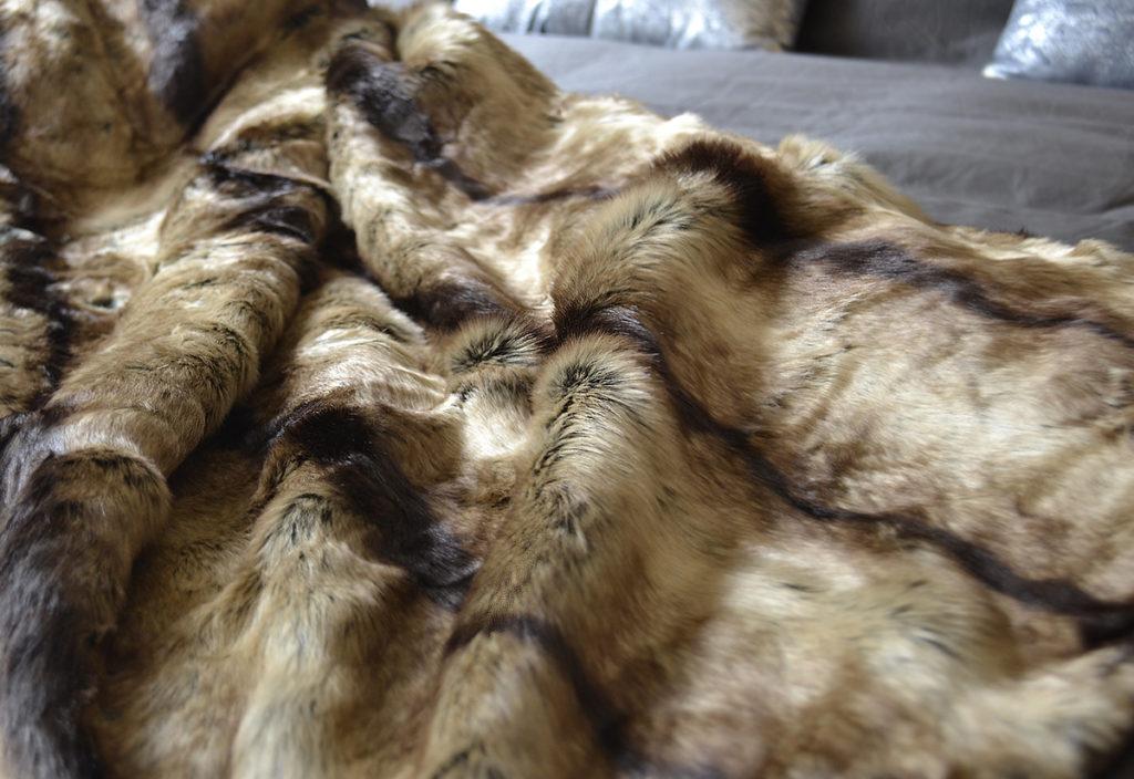 elk brown faux fur throw