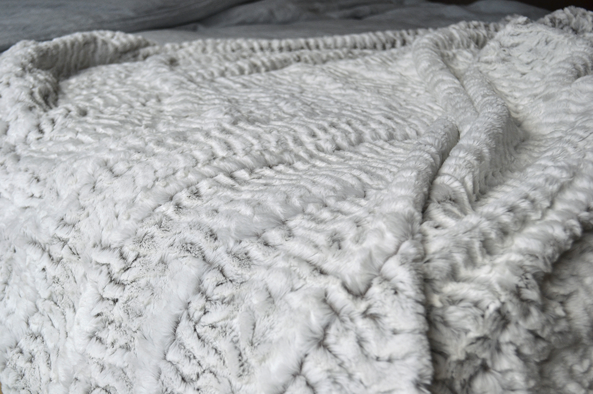 White Faux Fur Throws | Blankets | Natural Bed Company