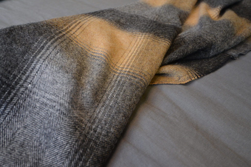 Kilnsey Shetland Wool Throw - Taupe