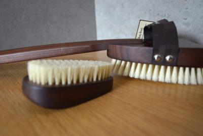walnut body brushes