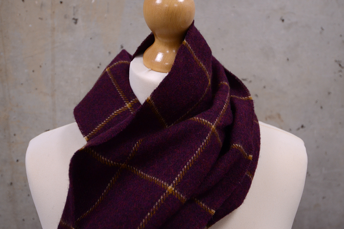 merino-lambwool-scarf-burgundy