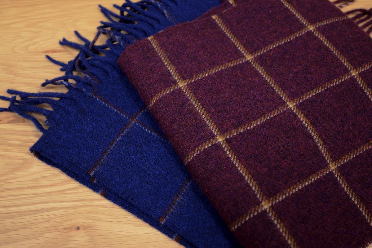 merino-lambwool-scarves-burgundy-and-blue