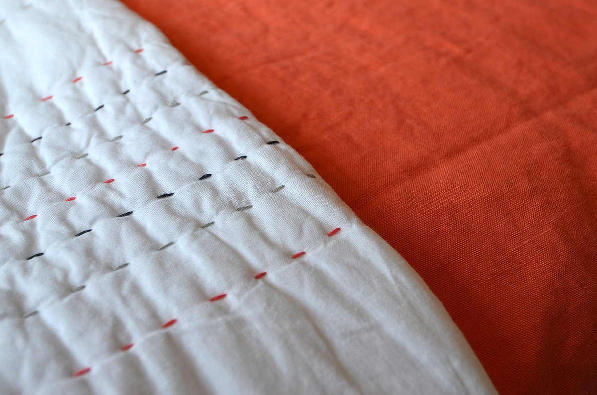 coral linen with juno quilt