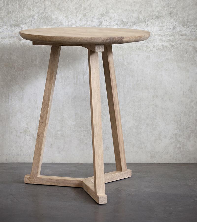 ethnicraft tripod side table bedside tables natural bed co. Black Bedroom Furniture Sets. Home Design Ideas