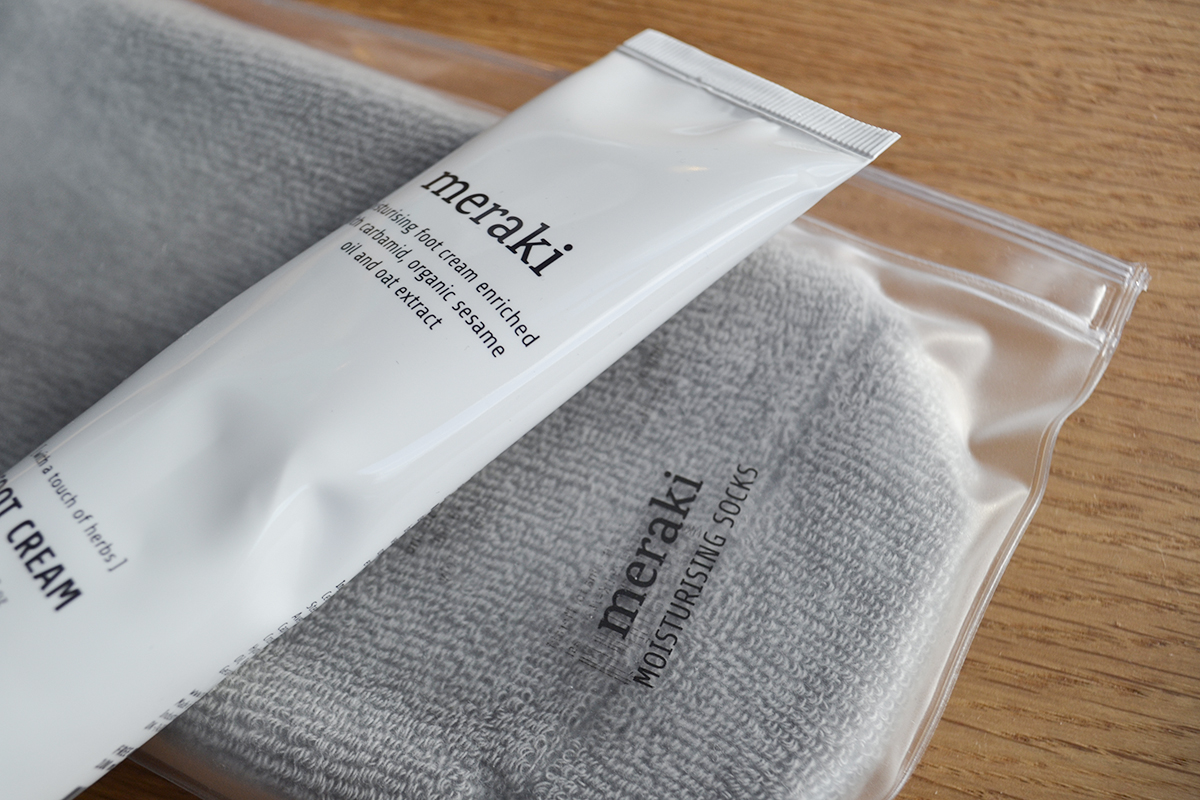 meraki-foot-cream-and-socks
