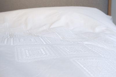 diamond-white-cotton-embroidered-bedding