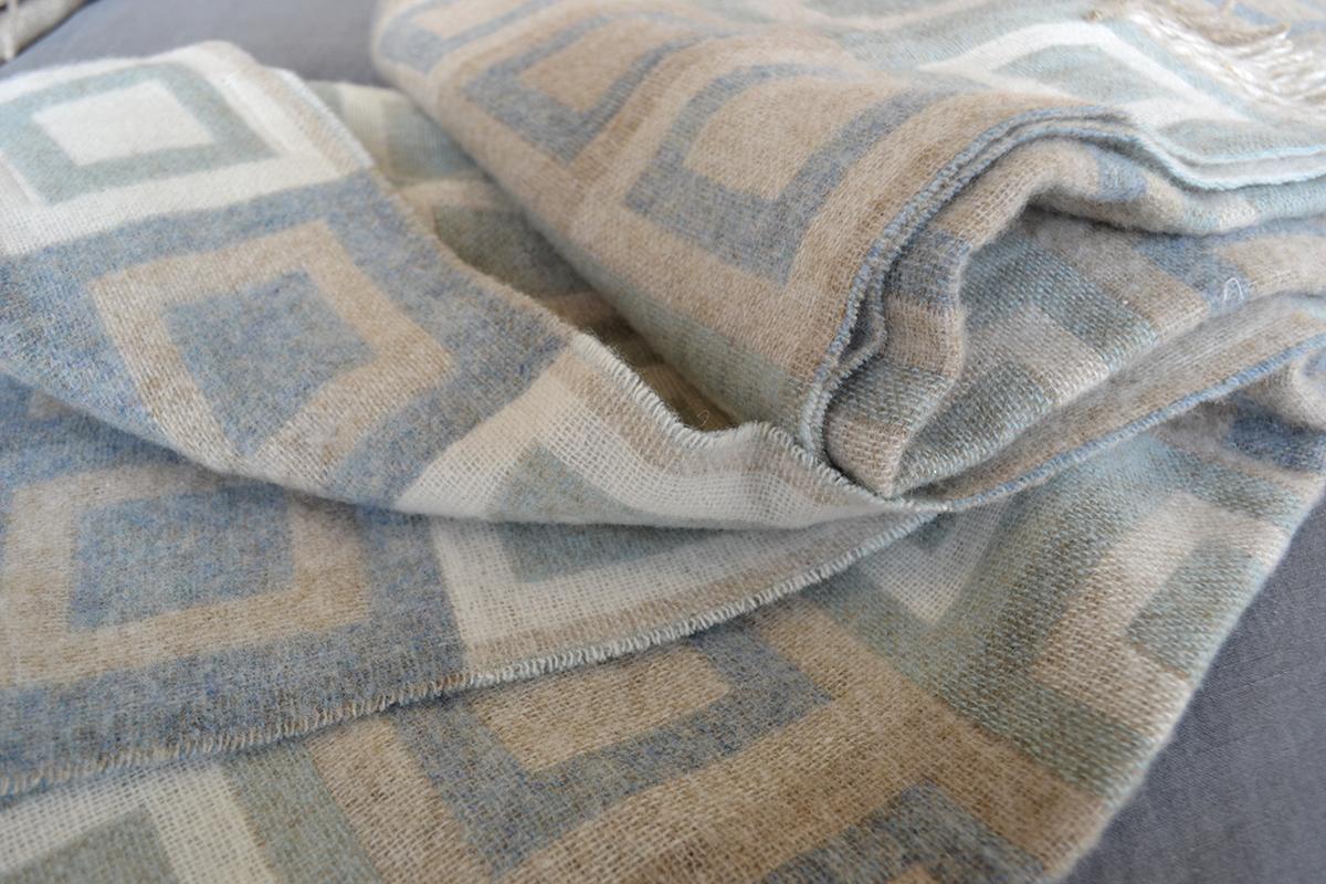 merino-wool-throw-aqua-beige-double-square
