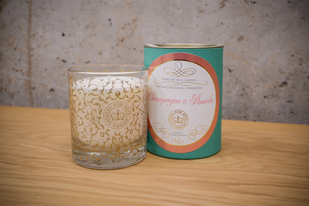 scented-candle-glass-jar-champagne