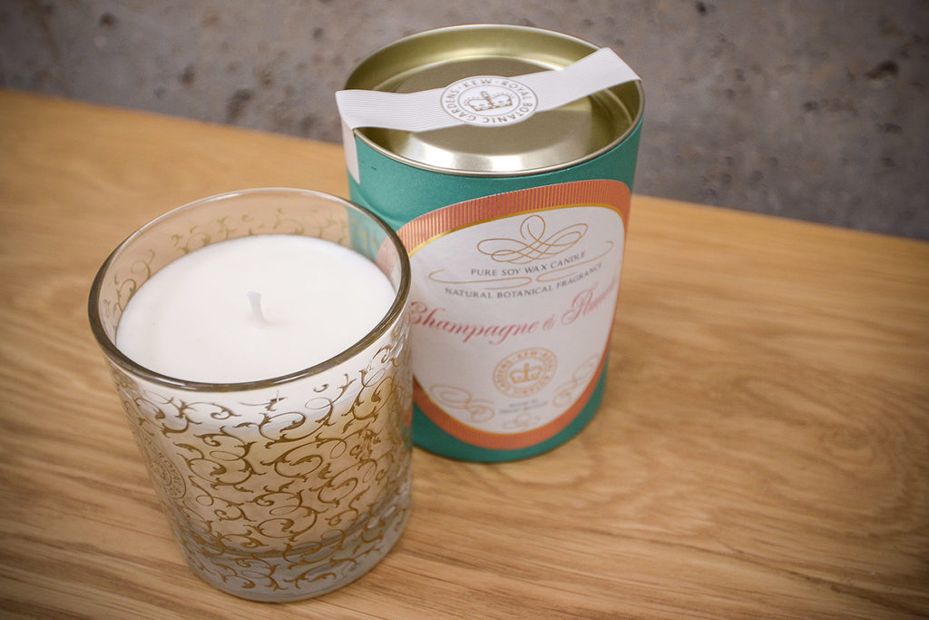scented-candle-glass-jar-champagne & pomelo