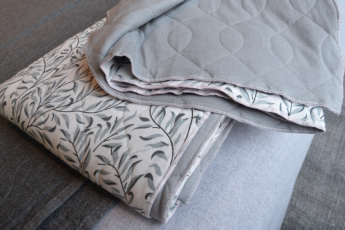 broste-organic-cotton-quilt-grey
