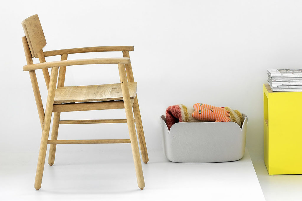 Oak Ethnicraft Bjorsing Armchair