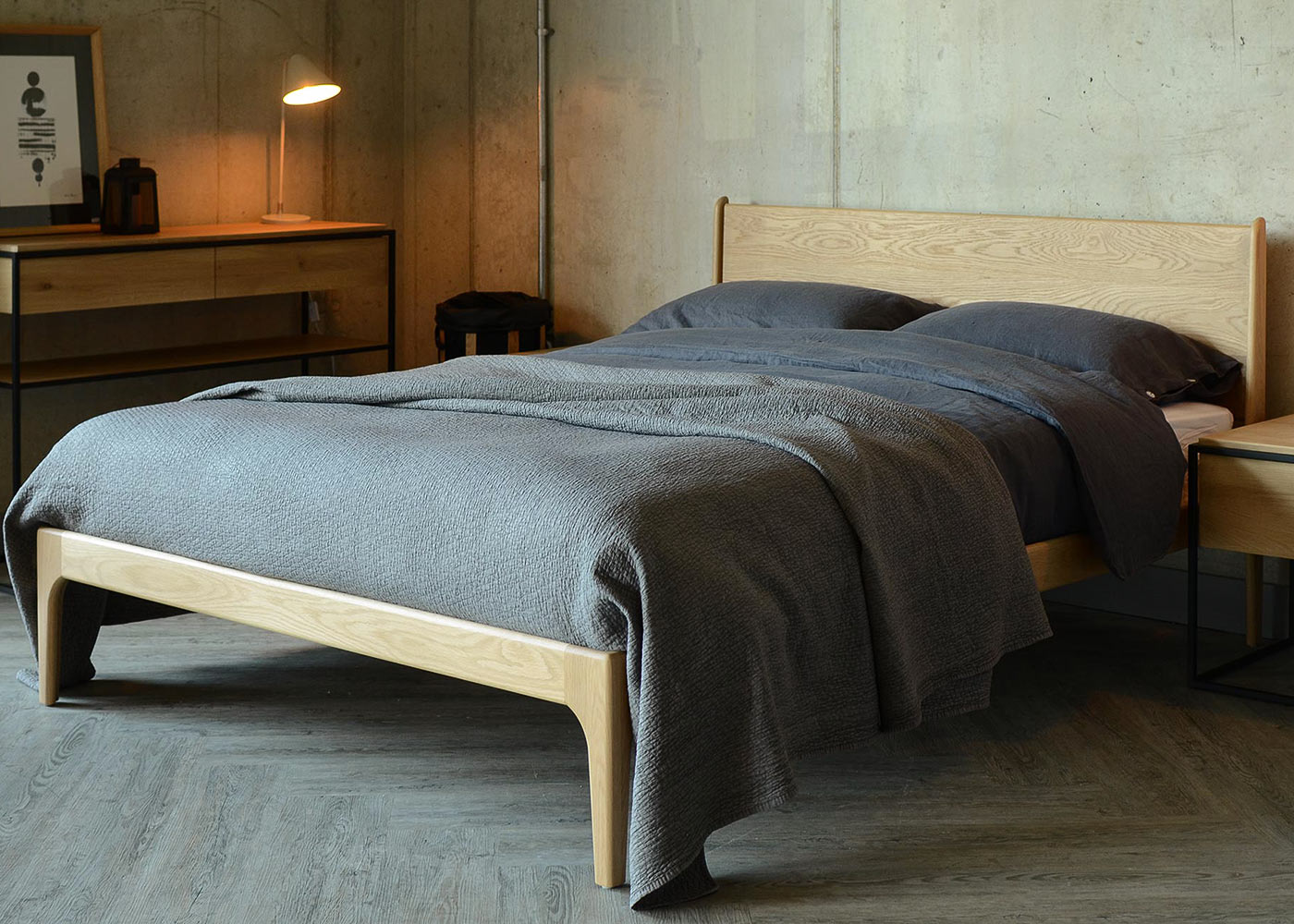 Mid century style Camden wooden bed in solid Oak
