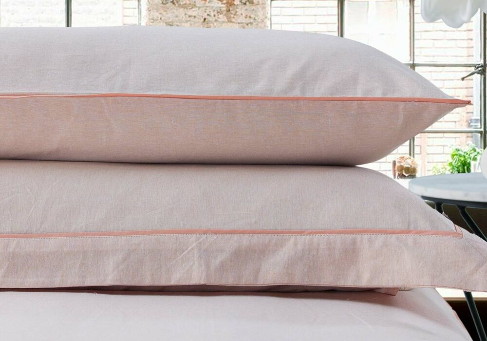 Chambray-bedding-Peach-plain-pillow-stack
