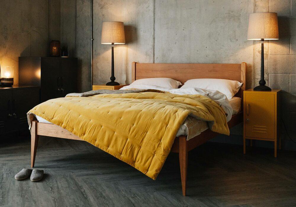 Cherry wood bed - Cochin design