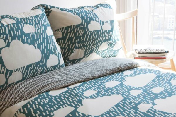 Donna-Wilson_bedding_rainy-day_teal