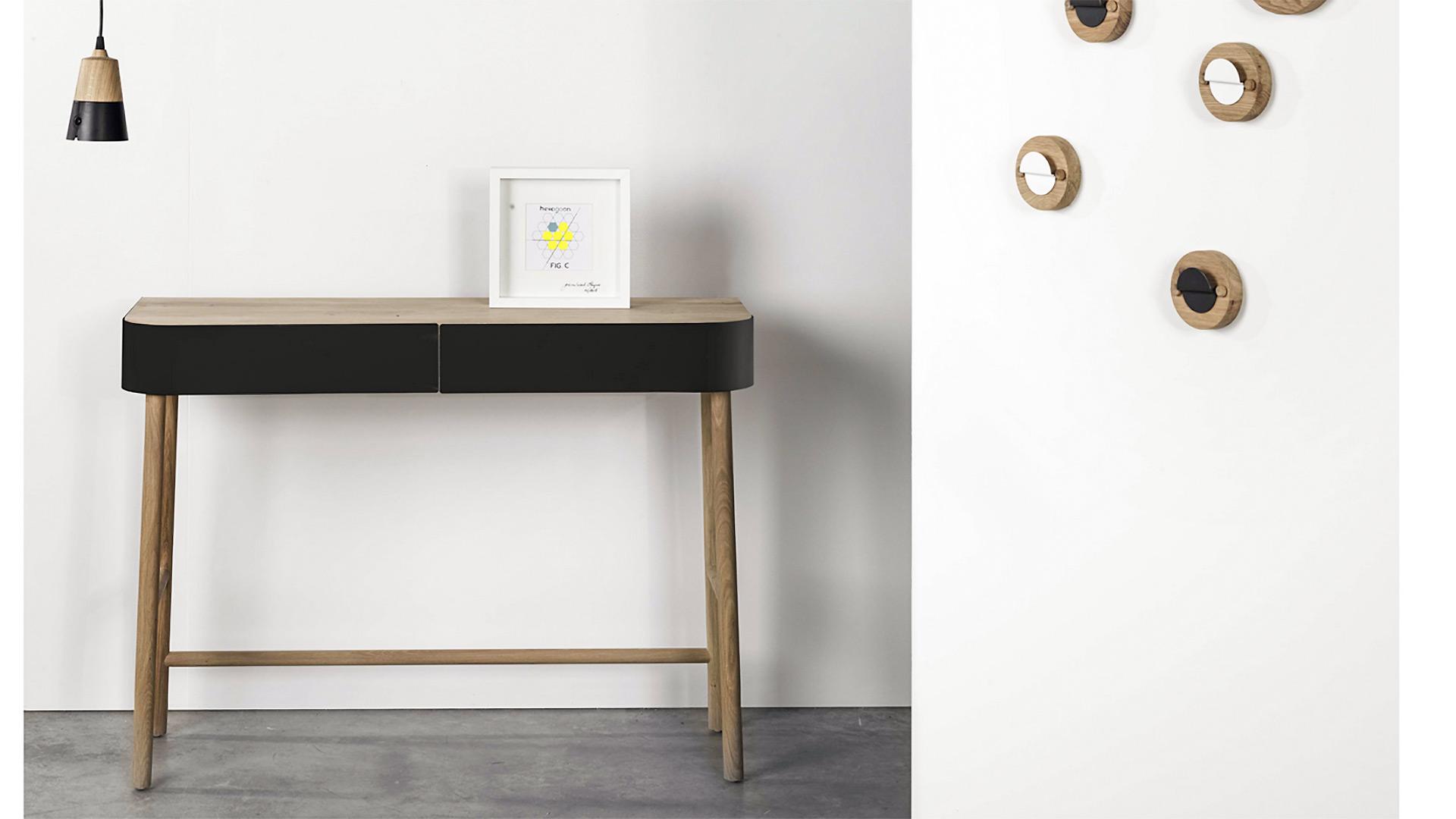 Ethnicraft-Hall-console