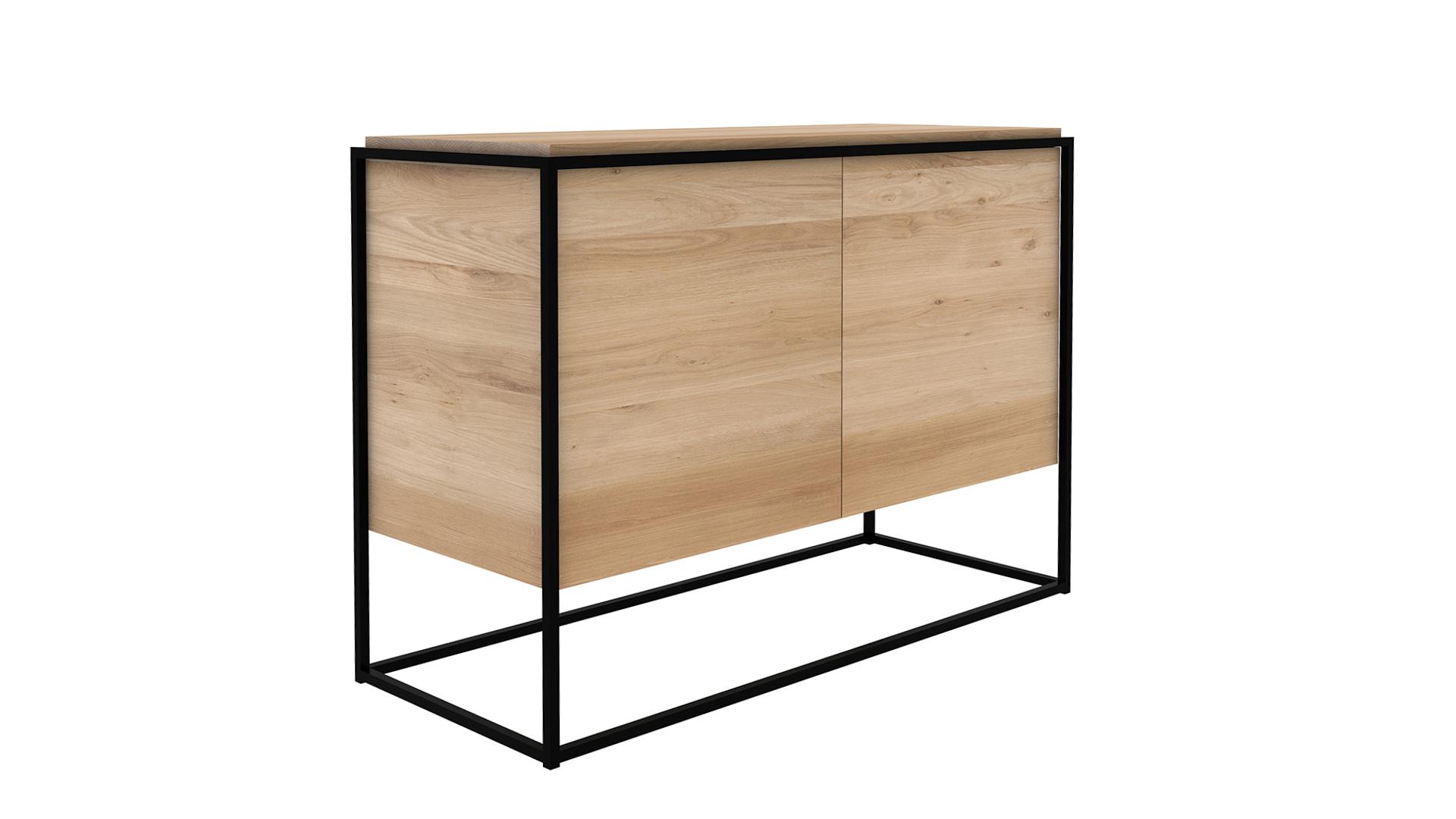 Ethnicraft-Monolit-cupboard-Natural Oak-black-frame