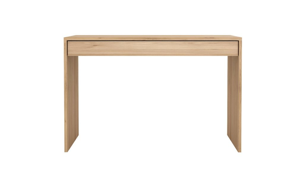 Ethnicraft-Oak-Wave-table