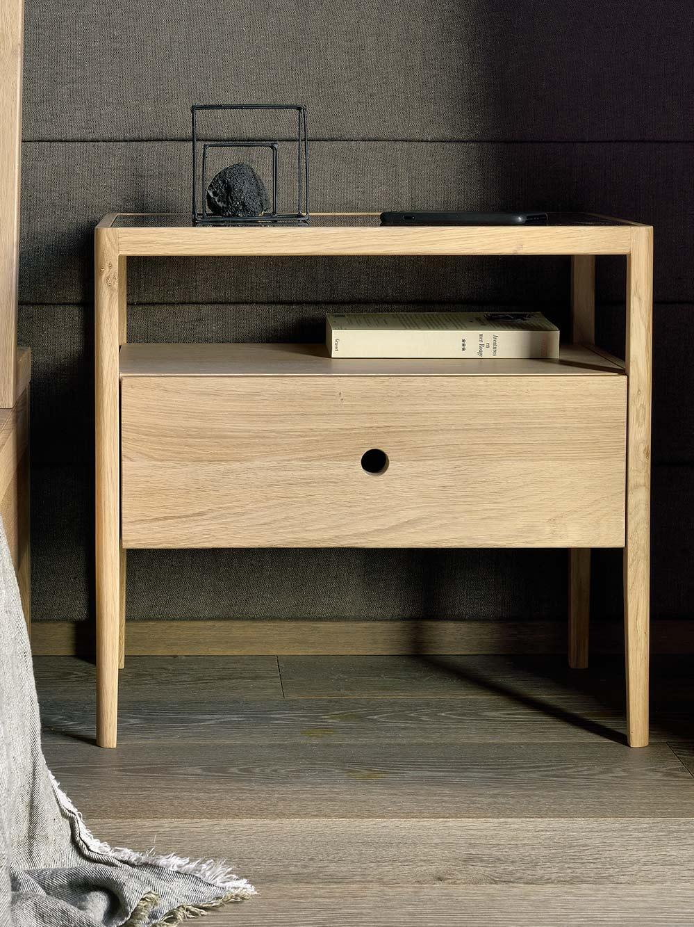 Ethnicraft-Spindle-bedside-Oak-1400