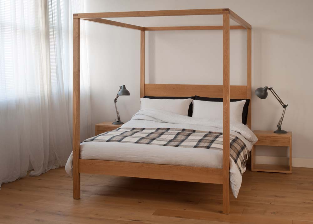 the orchid 4 poster wooden bed in solid oak