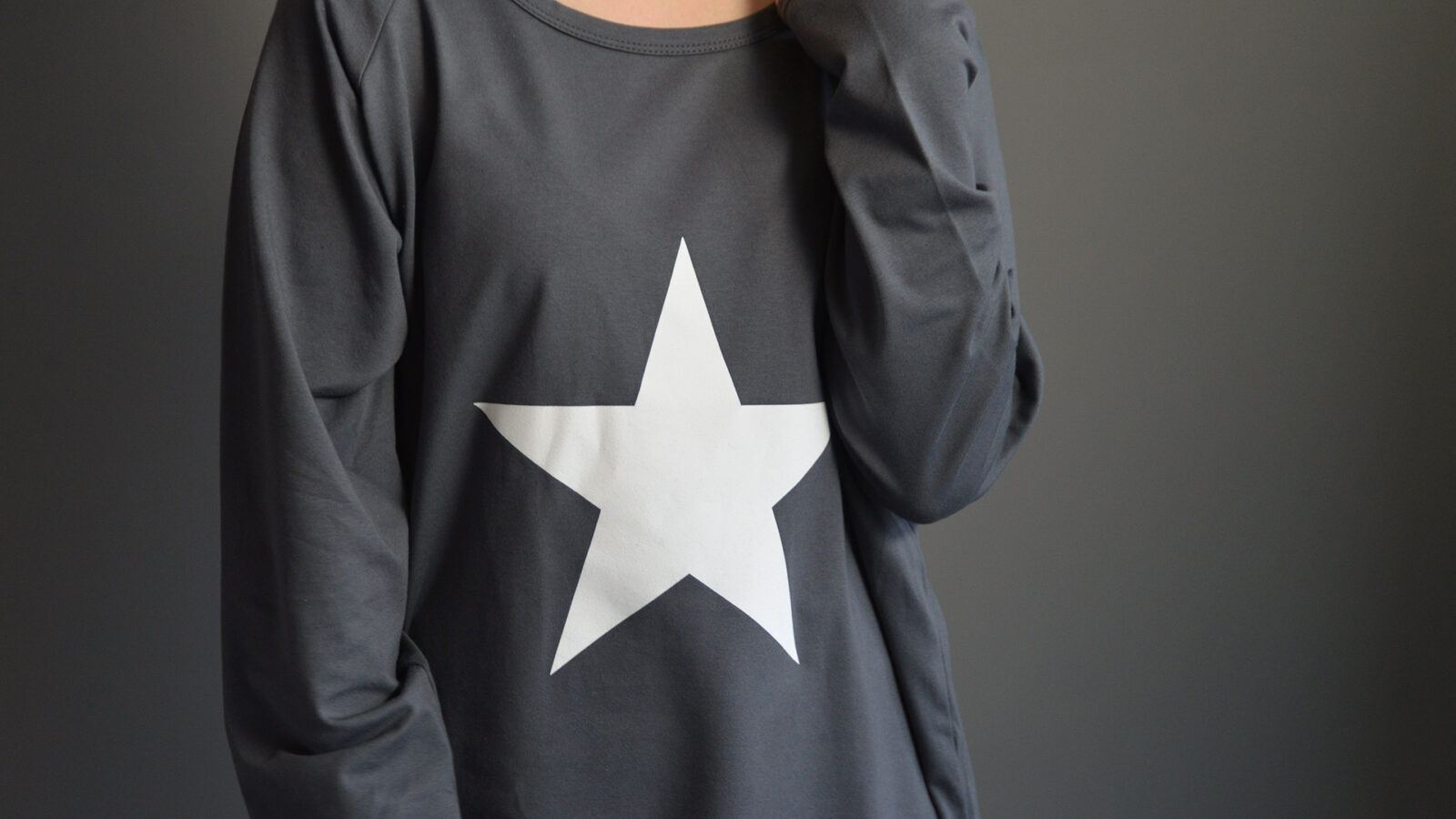 long sleeve jersey star print loose-fitting top