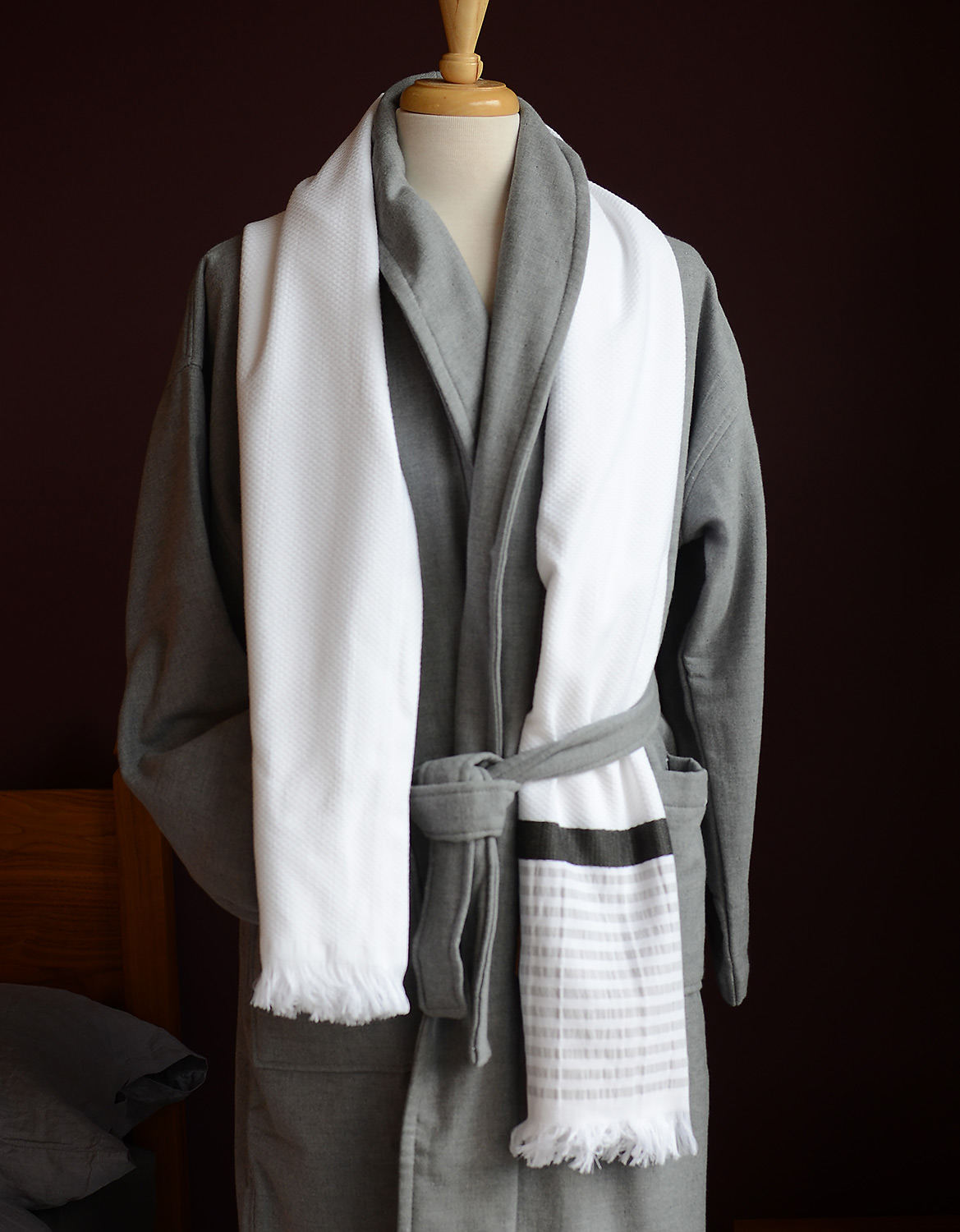Hammam-towel-with-towelling-grey-robe