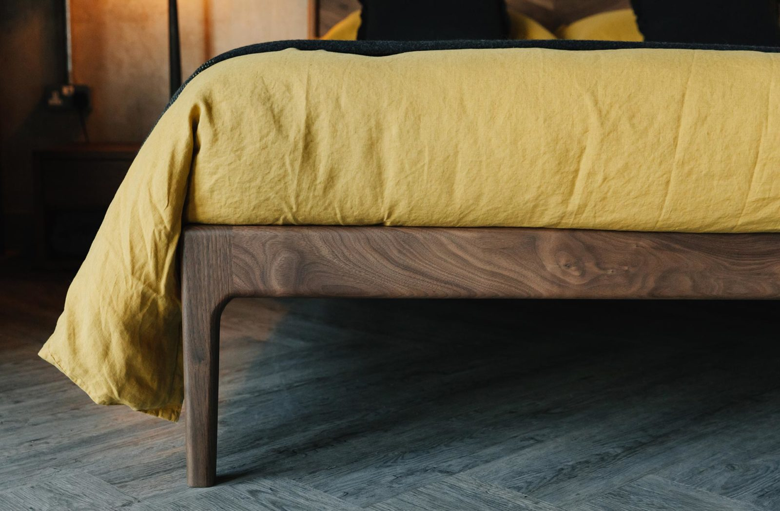 Hoxton bed leg in solid walnut