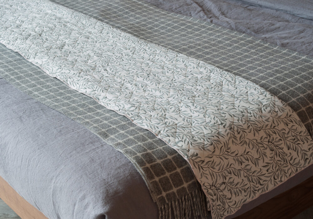 Lisbon linen bedding with broste quilt and bronte throw
