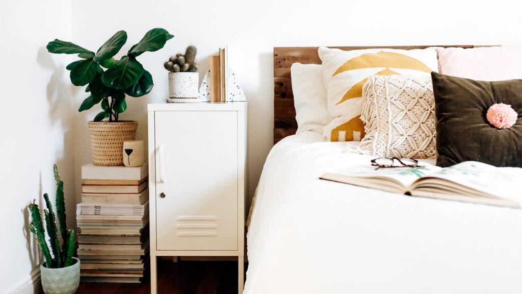 Locker-shorty-in-white-bedside