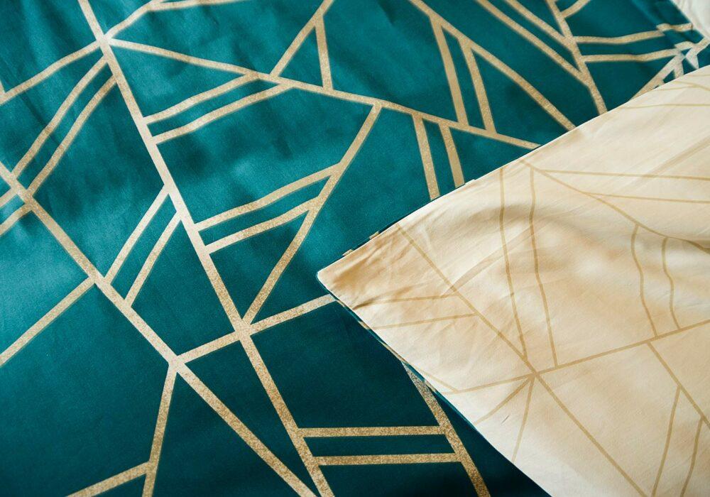 teal coloured Shards pattern reversible duvet cover
