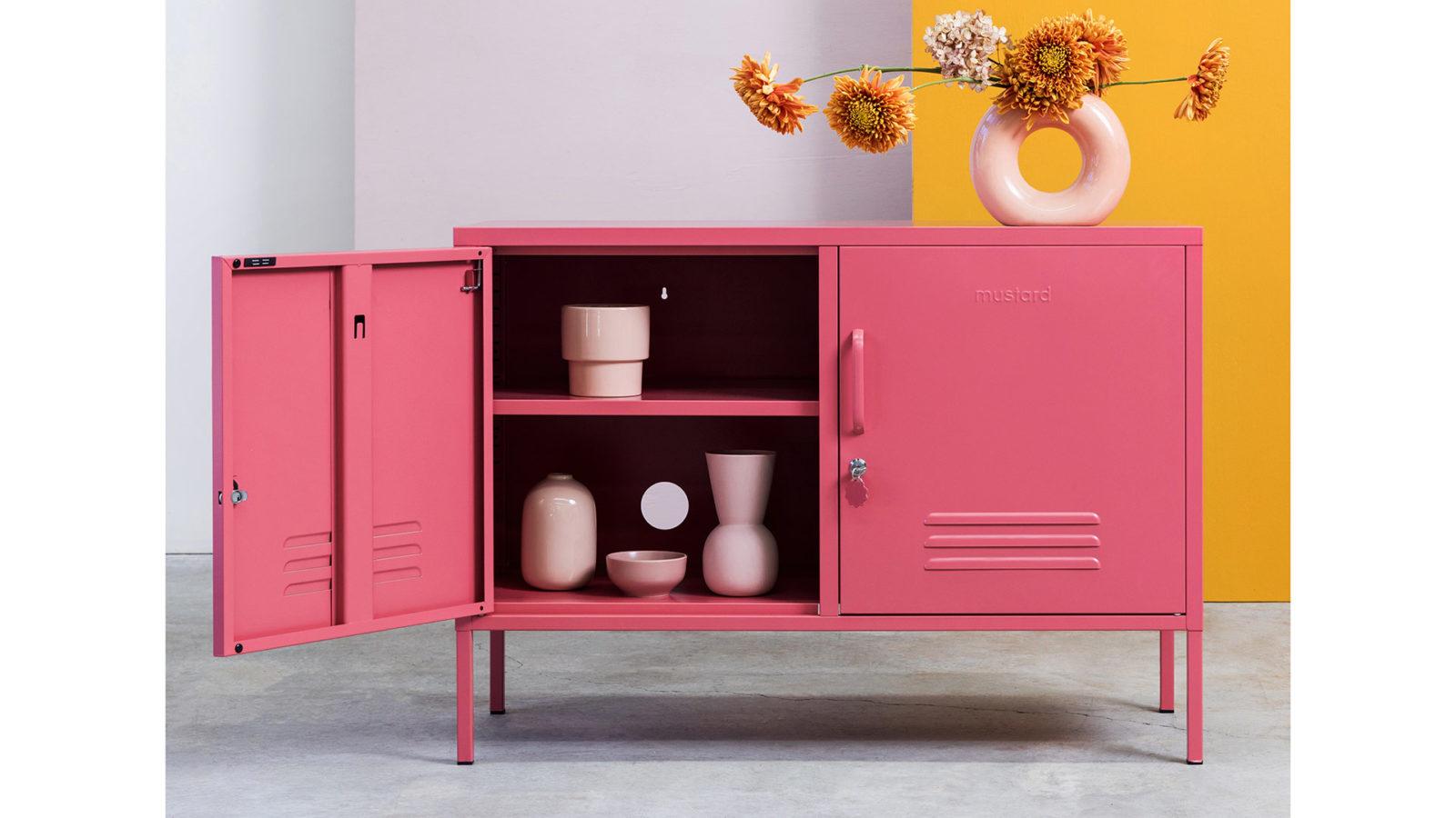 low locker in pink