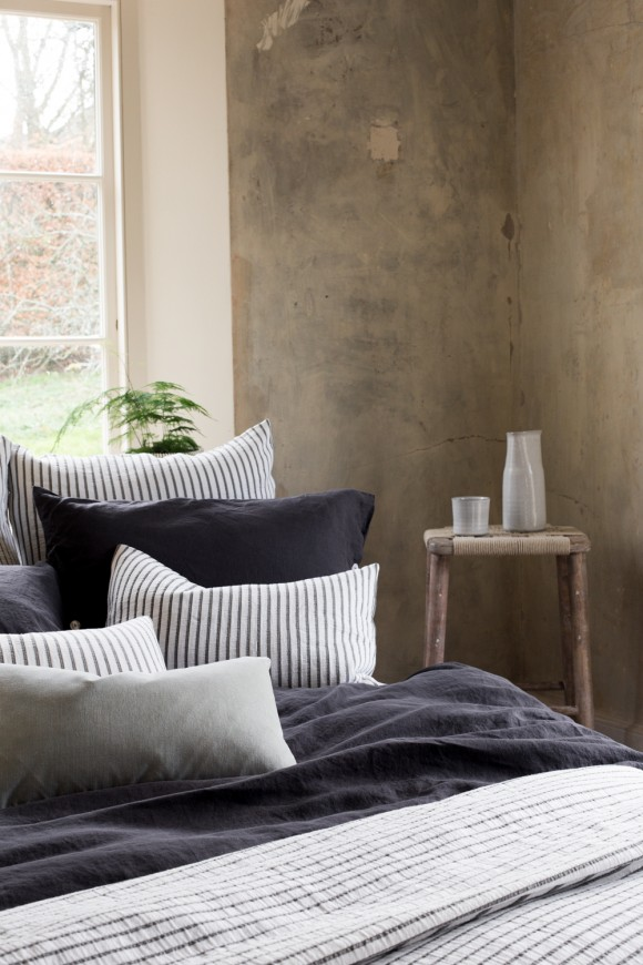 striped cotton rich blanket & cushions