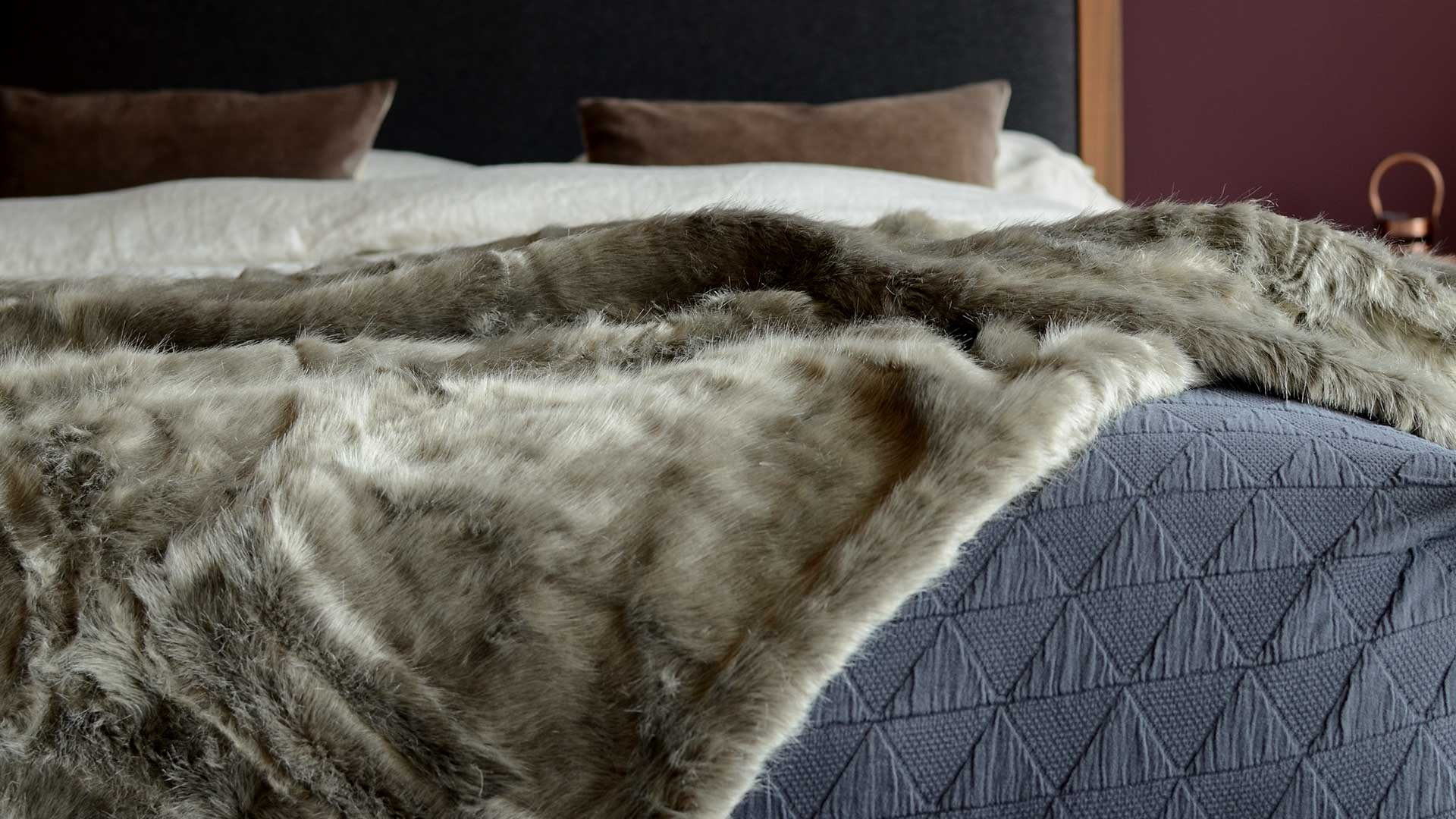 Wild Mink Faux Fur Throw Throws Amp Blankets Natural Bed Company