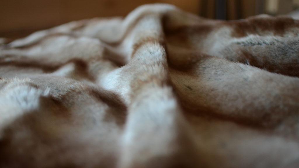 alaska rabbit faux fur bedspread