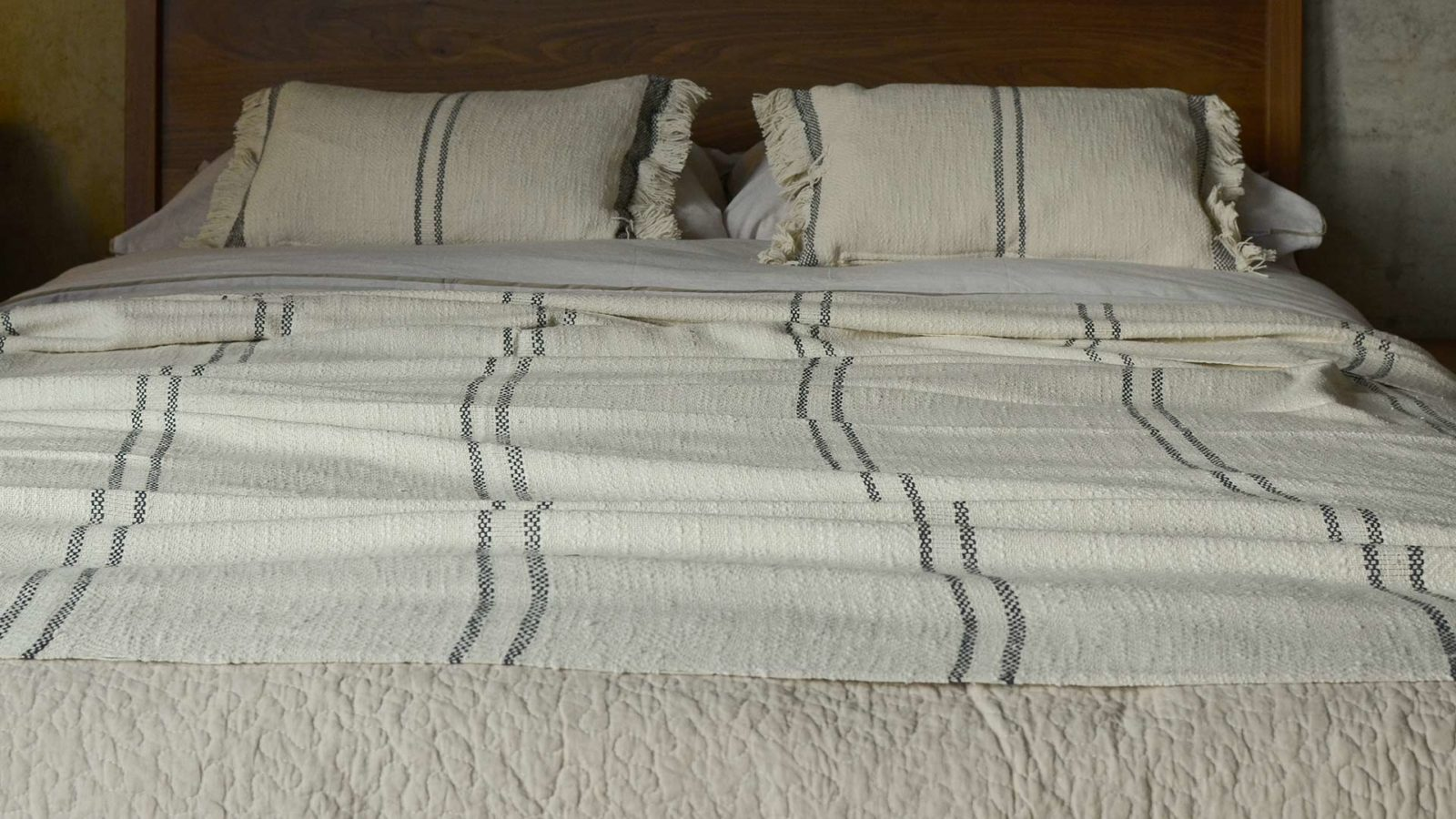andas stripe large soft cotton throw